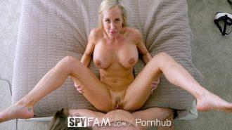 Karısını döve döve porno film çekti