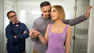 Ruhsuz Kocasından Hayır Göremeyince Kaynına Siktiriyor