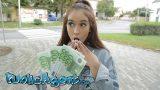 Büyüleyici Esmer Öğrenciyi Parayla Aklını Çeldikten Sonra Sikti